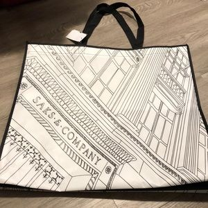Large reusable shopping 🛍 tote. Saks Off 5th